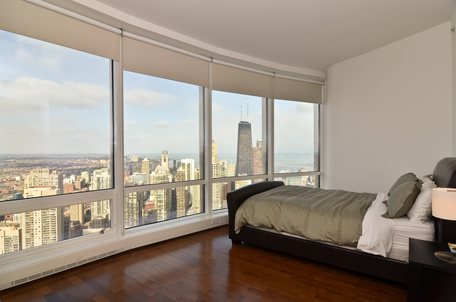 Real Estate Photography - 401 N Wabash, Unit 52a, Chicago, IL, 60611 - 3rd Bedroom