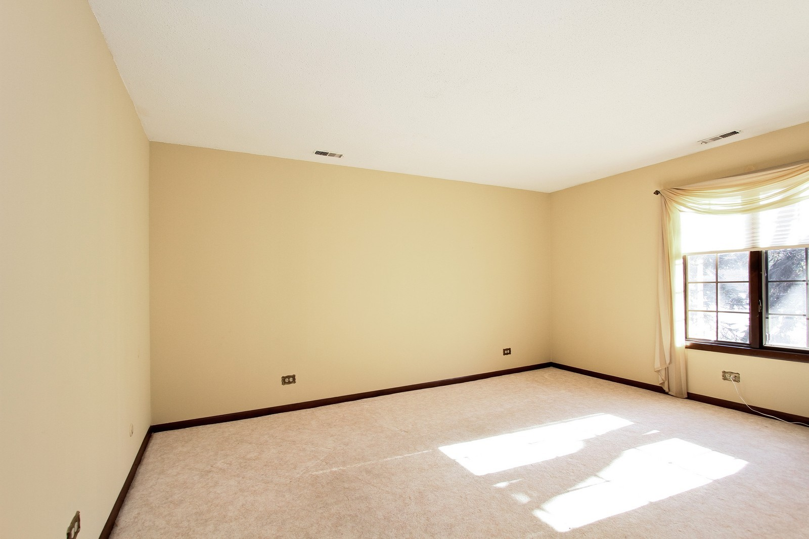 Real Estate Photography - 7713 Golf, Unit 2B, Palos Heights, IL, 60463 - 2nd Bedroom
