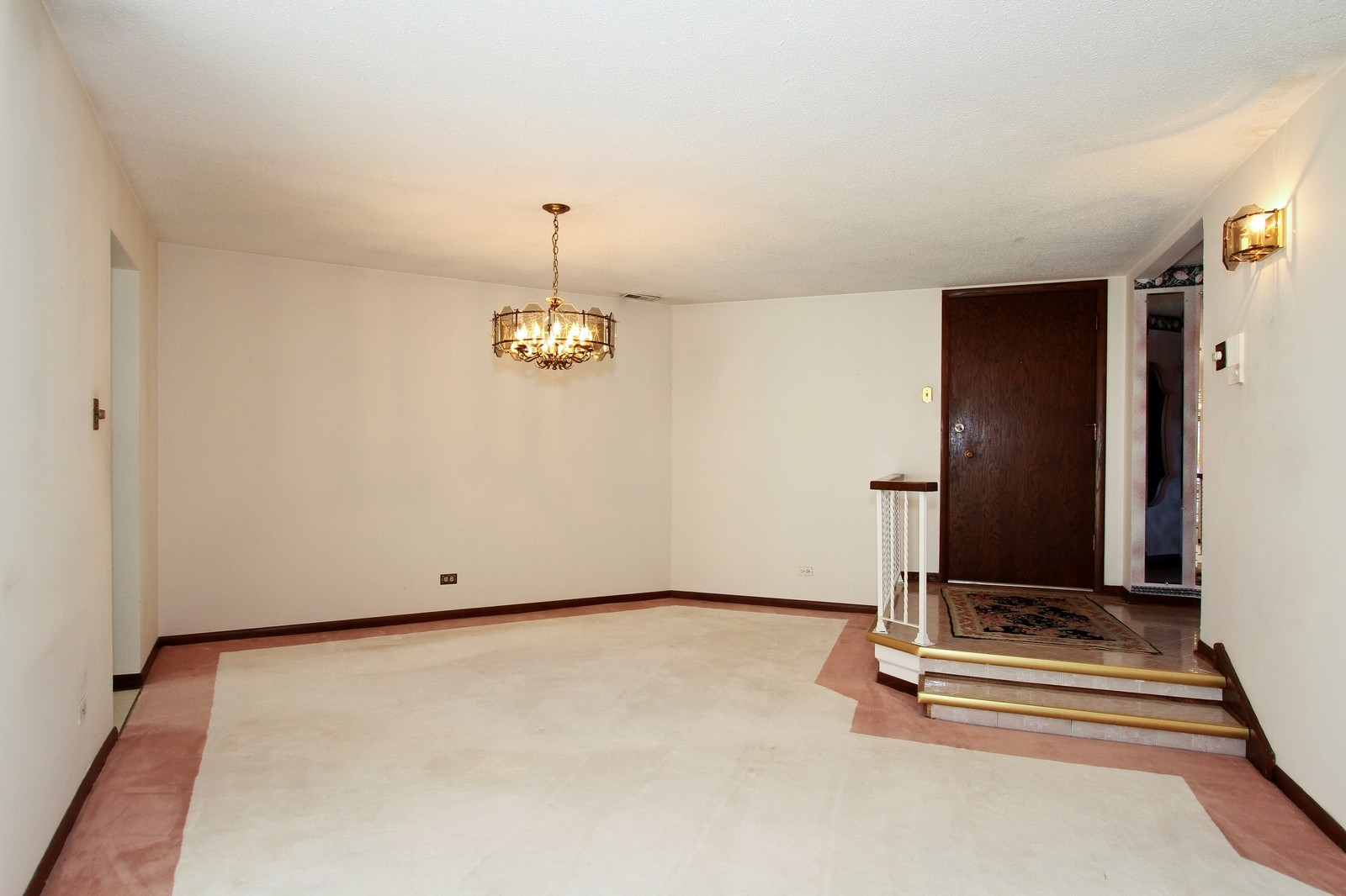 Real Estate Photography - 7713 Golf, Unit 2B, Palos Heights, IL, 60463 - Dining Room