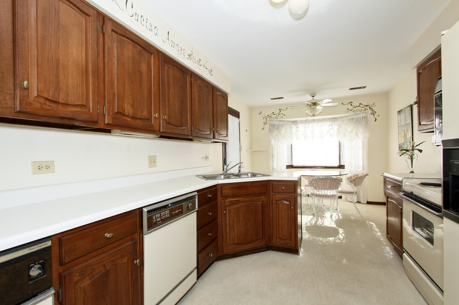 Real Estate Photography - 7713 Golf, Unit 2B, Palos Heights, IL, 60463 - Kitchen