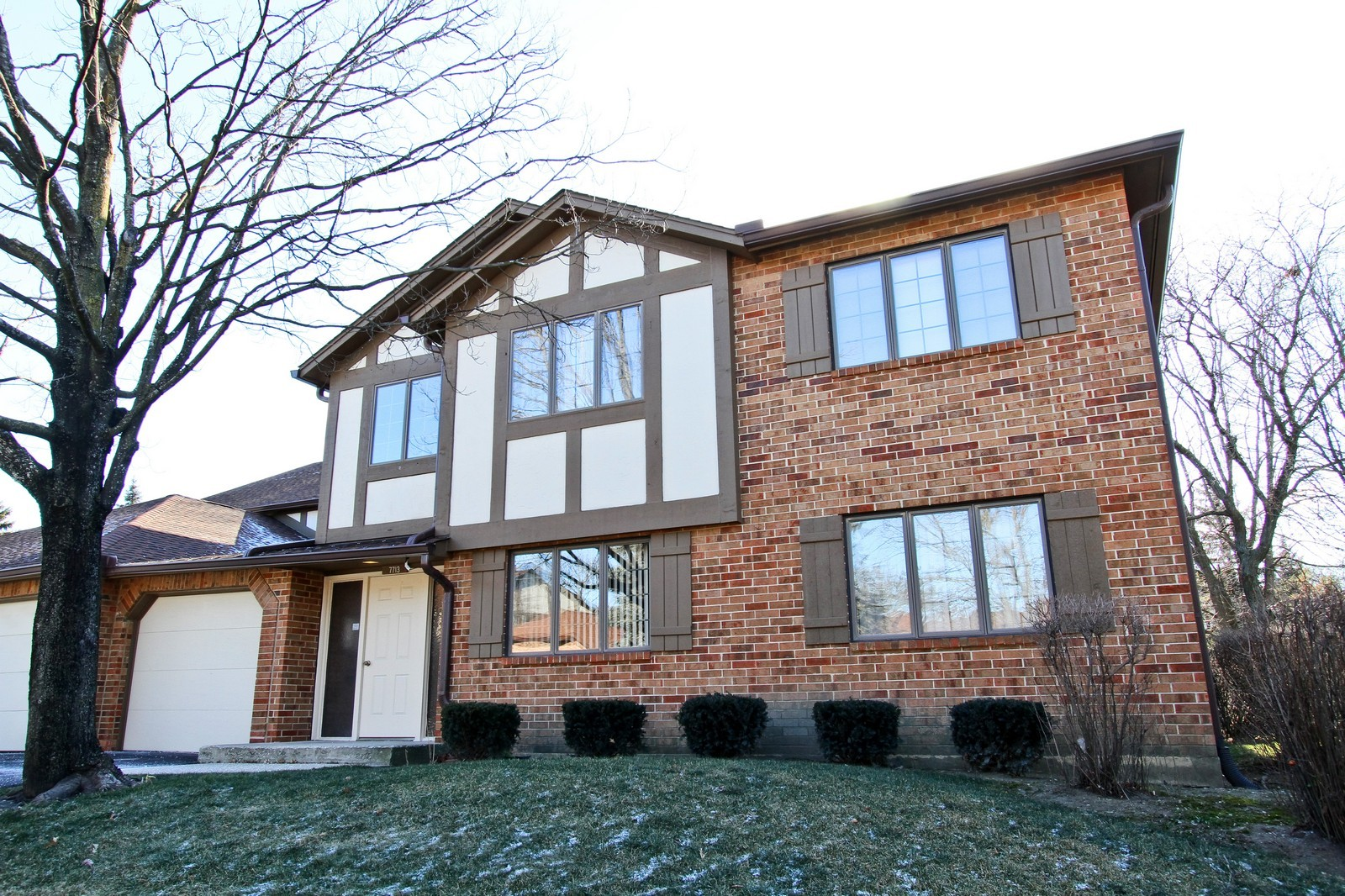 Real Estate Photography - 7713 Golf, Unit 2B, Palos Heights, IL, 60463 - Front View