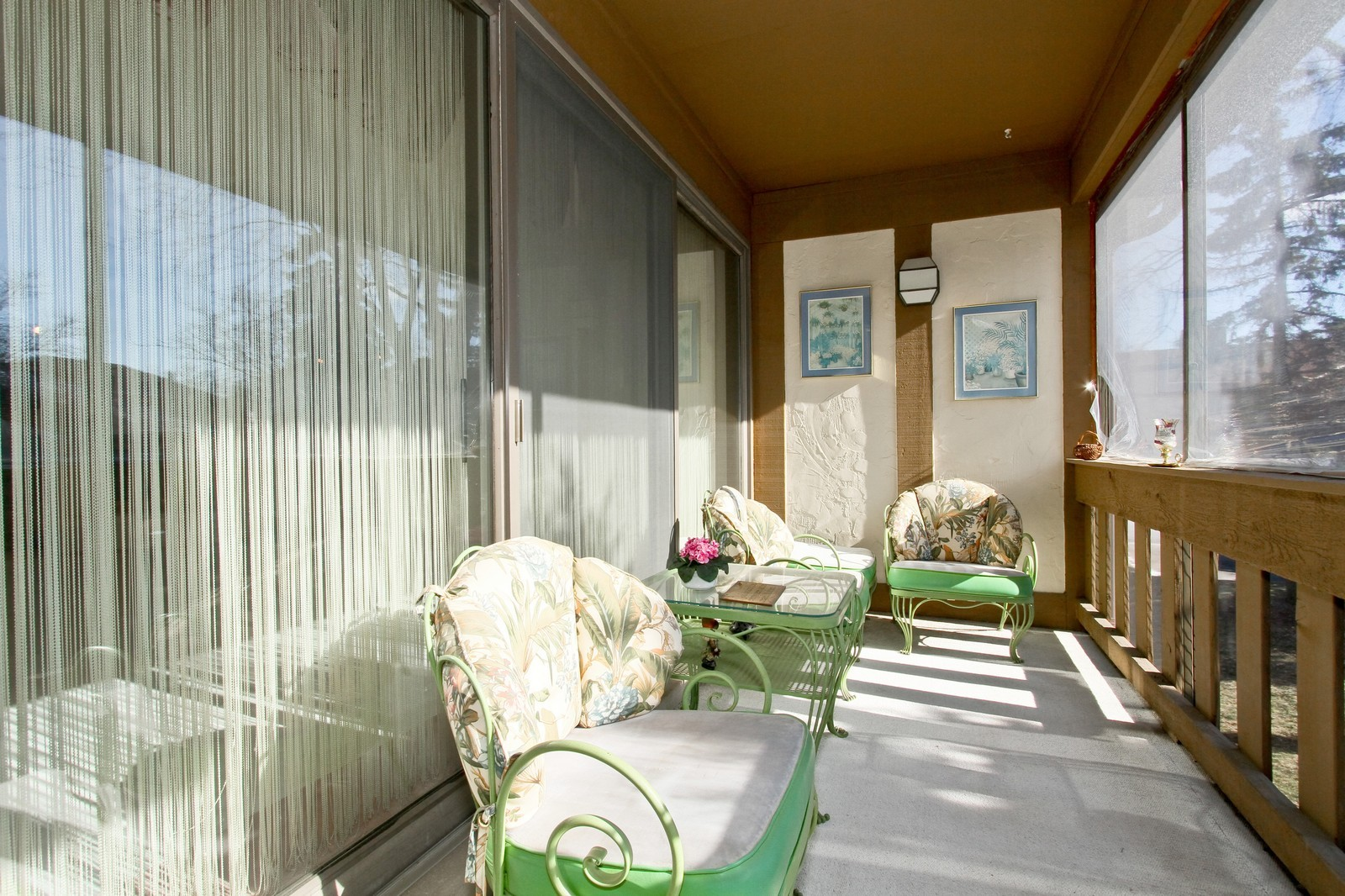 Real Estate Photography - 7713 Golf, Unit 2B, Palos Heights, IL, 60463 - Balcony