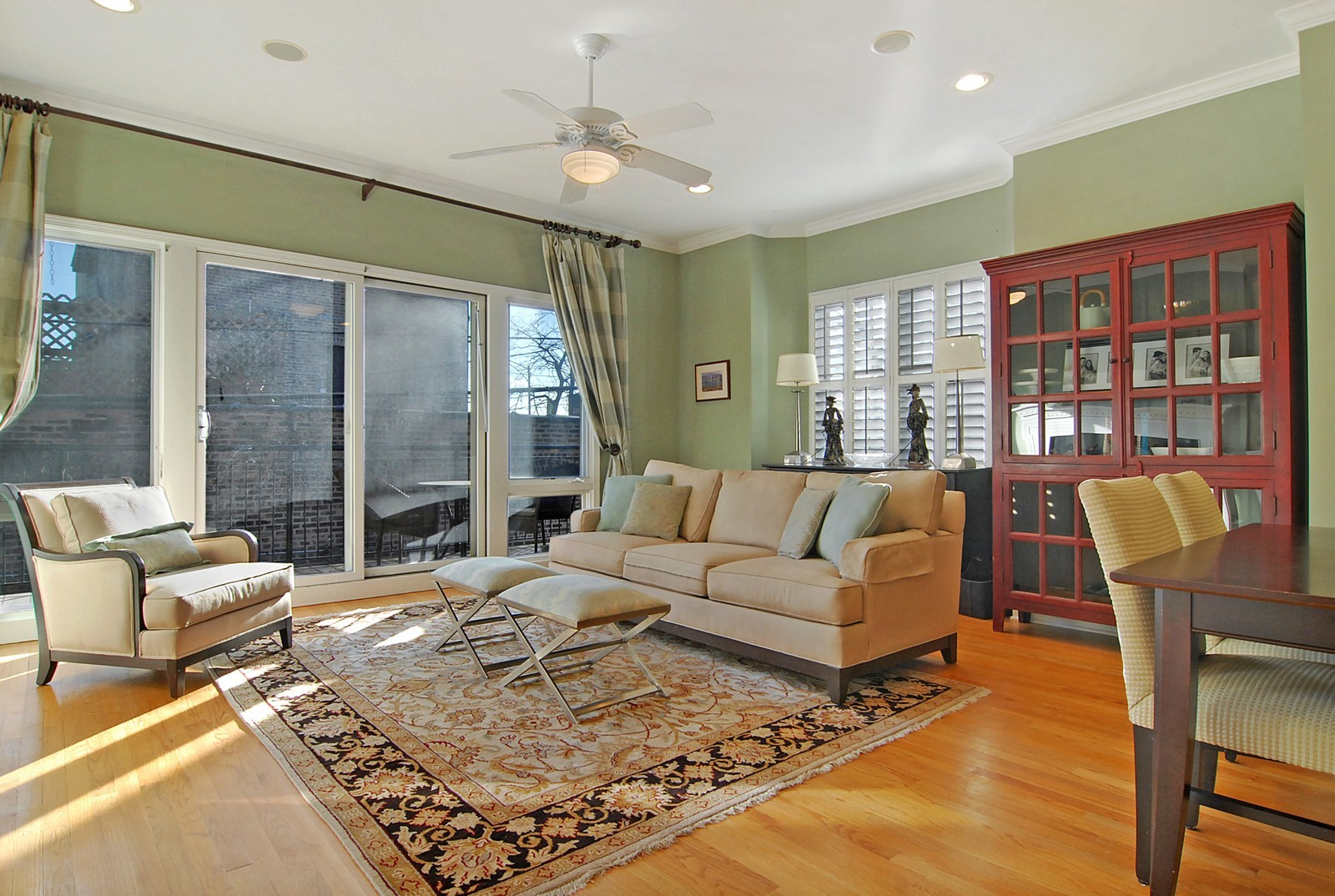 Real Estate Photography - 1815 N Shefield, Unit A, Chicago, IL, 60614 - Living Room