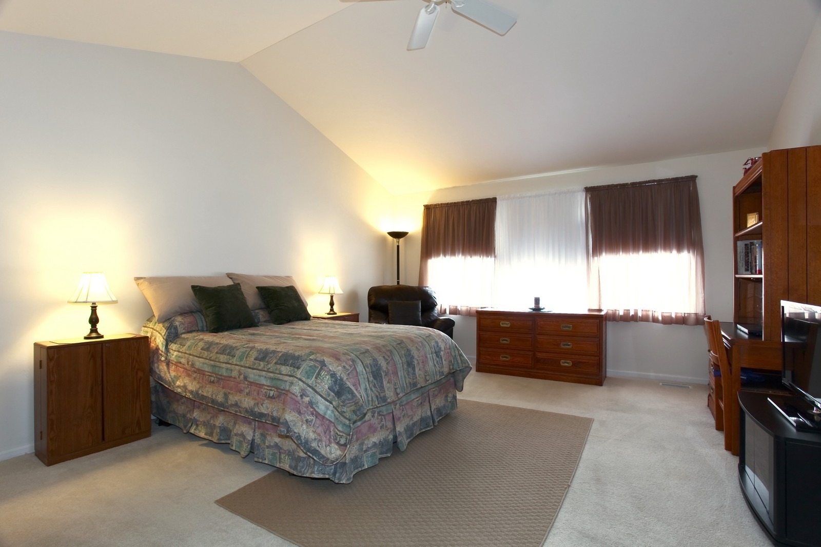 Real Estate Photography - 2025 Colonial Street, Aurora, IL, 60503 - Master Bedroom