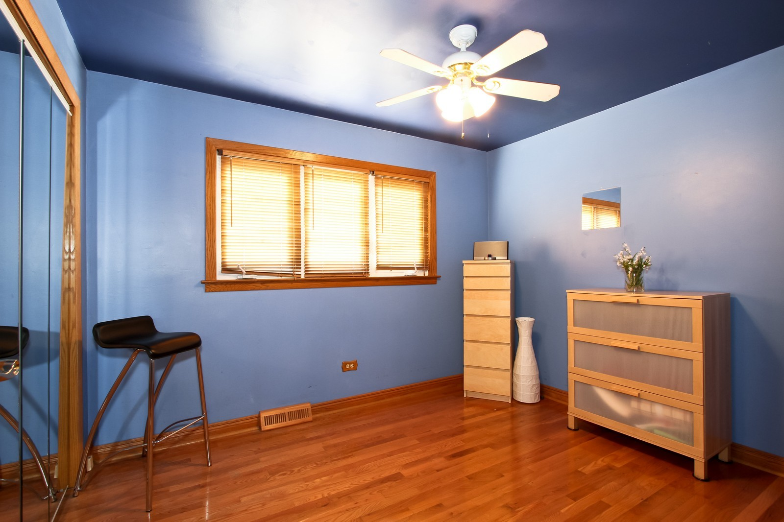 Real Estate Photography - 5301 S Parkside Ave, Chicago, IL, 60638 - 2nd Bedroom