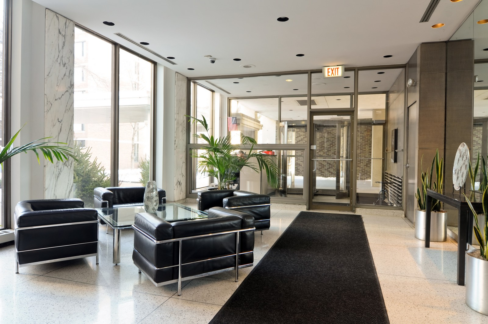 Real Estate Photography - 1460 N Sandburg, Unit 1207, Chicago, IL, 60610 - Lobby