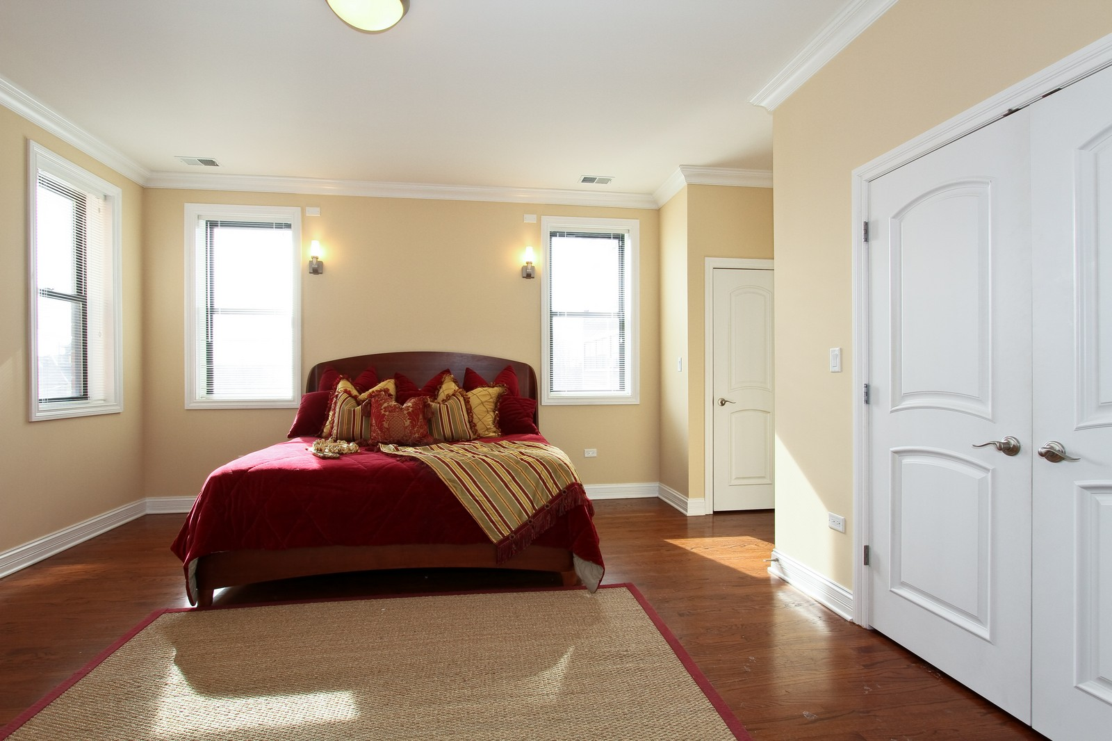 Real Estate Photography - 4815 S Drexel, Unit 3SW, Chicago, IL, 60615 - Master Bedroom