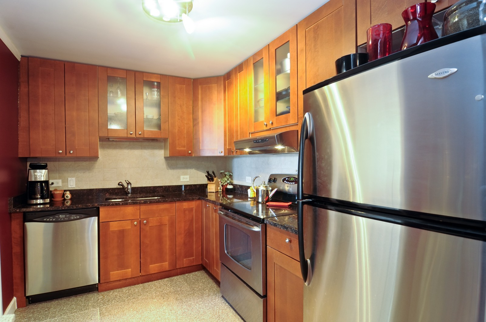 Real Estate Photography - 70 W Huron St, 807, Chicago, IL, 60654 - Kitchen