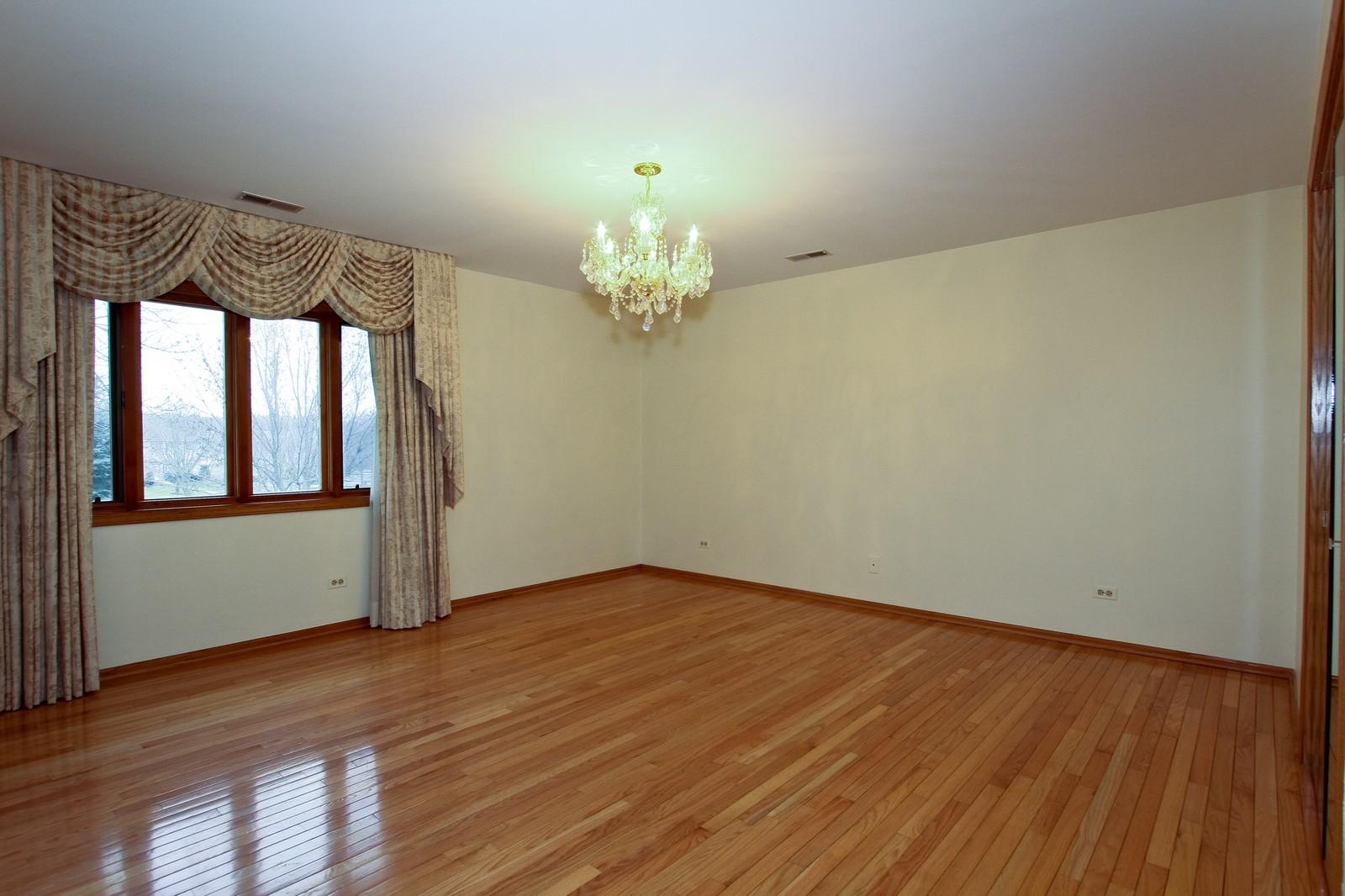 Real Estate Photography - 17 St. Moritz Dr., Unit 201, Palos Park, IL, 60464 - Master Bedroom