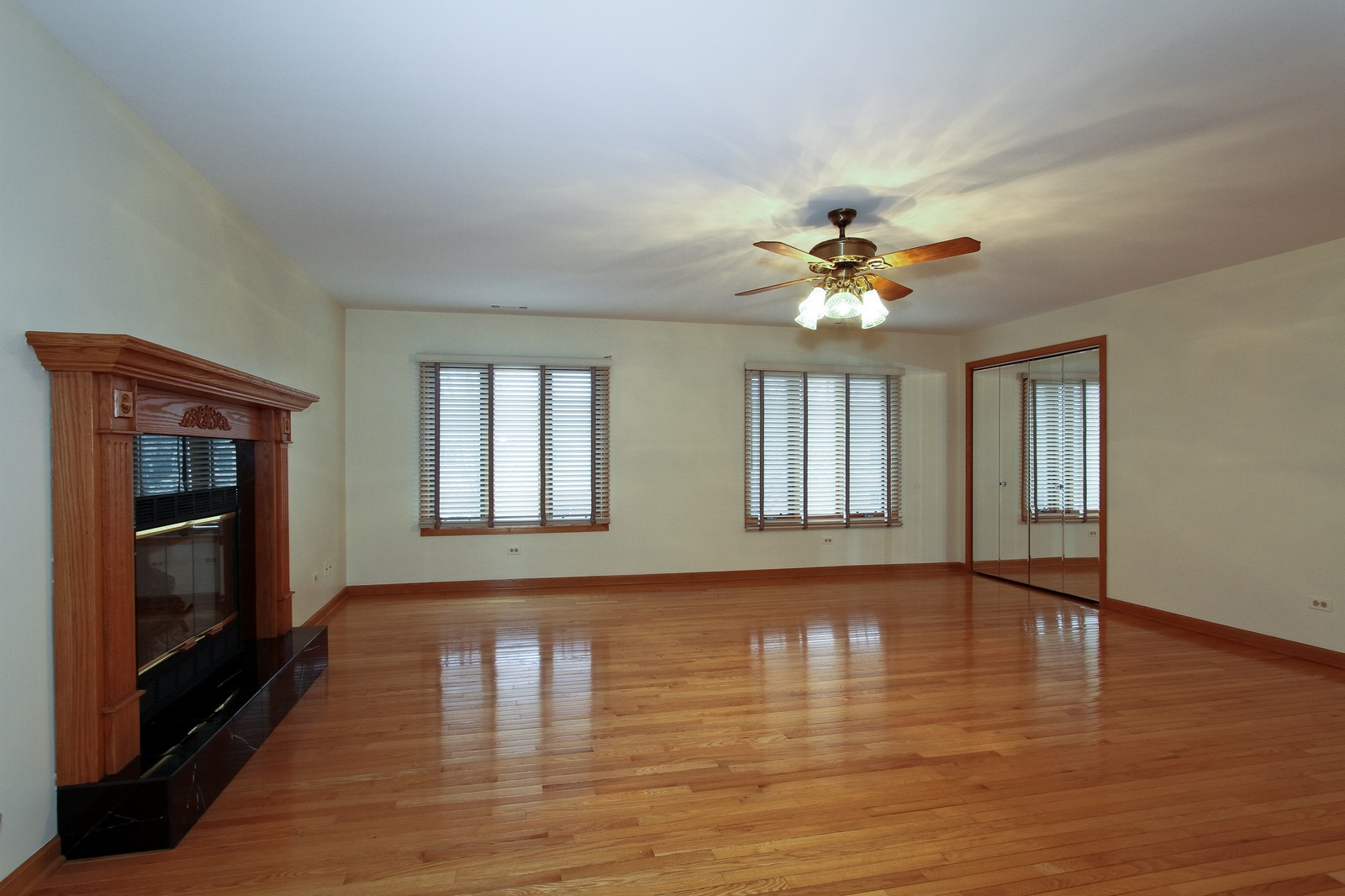 Real Estate Photography - 17 St. Moritz Dr., Unit 201, Palos Park, IL, 60464 - Family Room