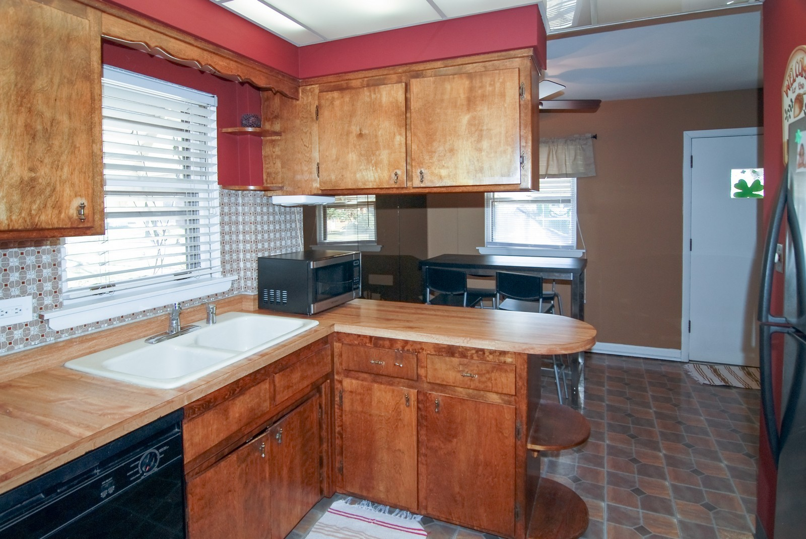 Real Estate Photography - 4535 Deyo, Brookfield, IL, 60513 - Kitchen