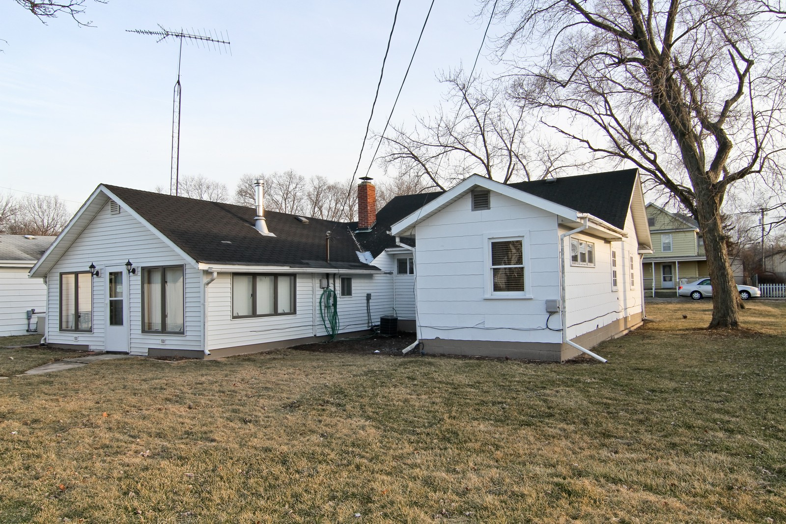 Real Estate Photography - 302 May St, Lockport, IL, 60441 - Side View