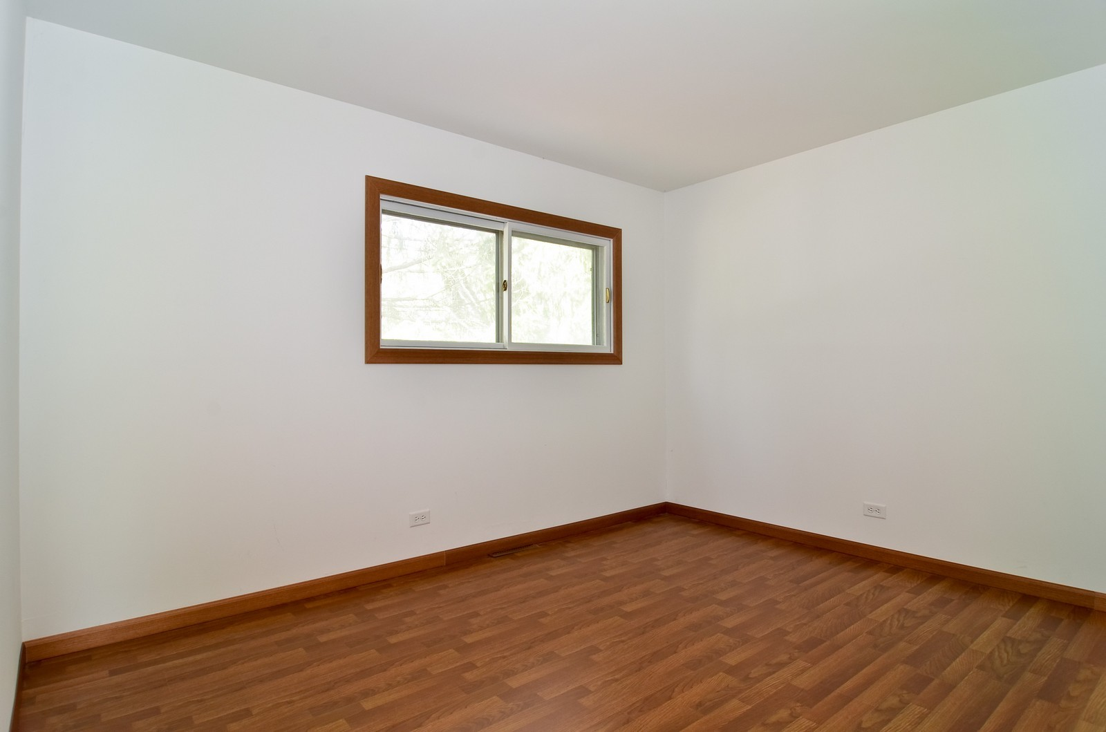 Real Estate Photography - 223 Norman Ct, Des Plaines, IL, 60016 - 2nd Bedroom