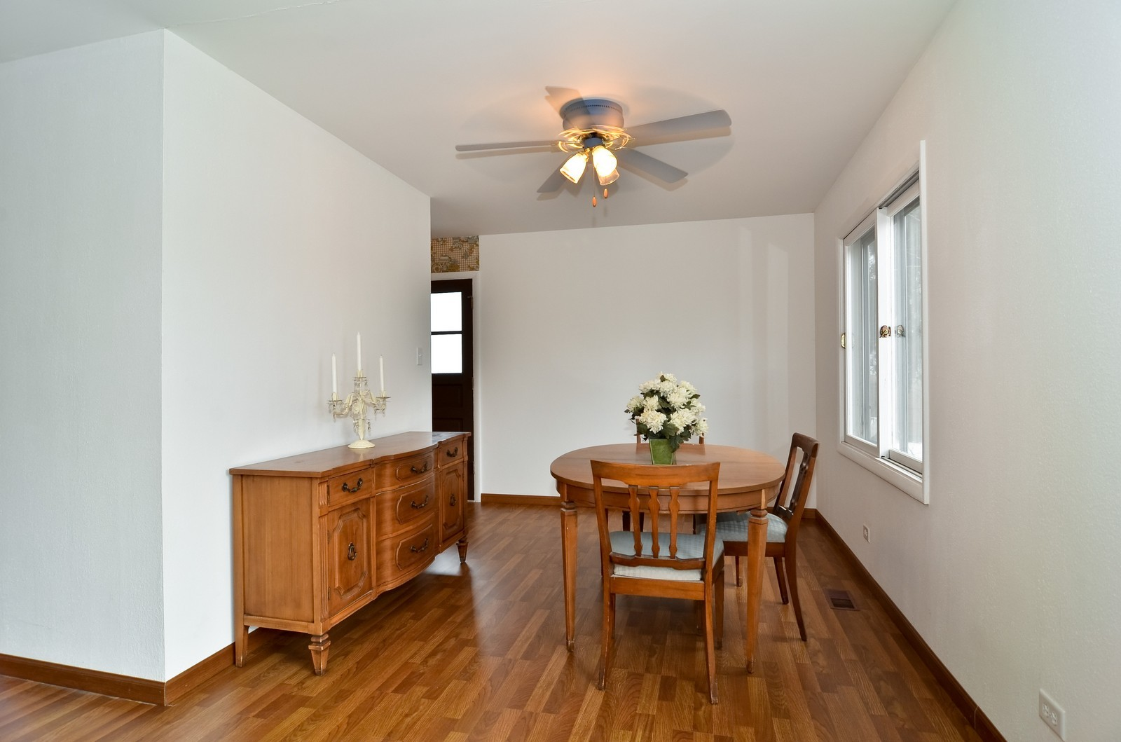 Real Estate Photography - 223 Norman Ct, Des Plaines, IL, 60016 - Dining Room
