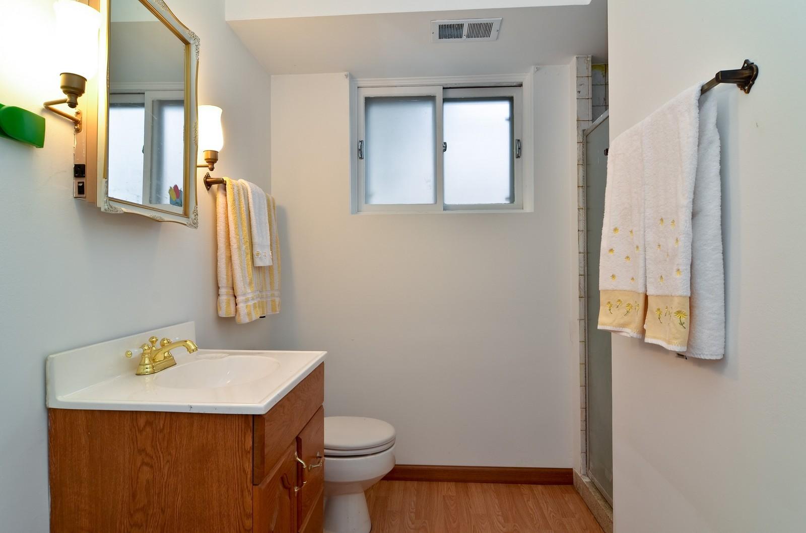 Real Estate Photography - 223 Norman Ct, Des Plaines, IL, 60016 - 2nd Bathroom