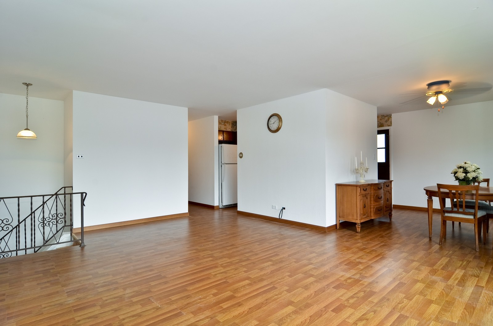 Real Estate Photography - 223 Norman Ct, Des Plaines, IL, 60016 - Living Room / Dining Room