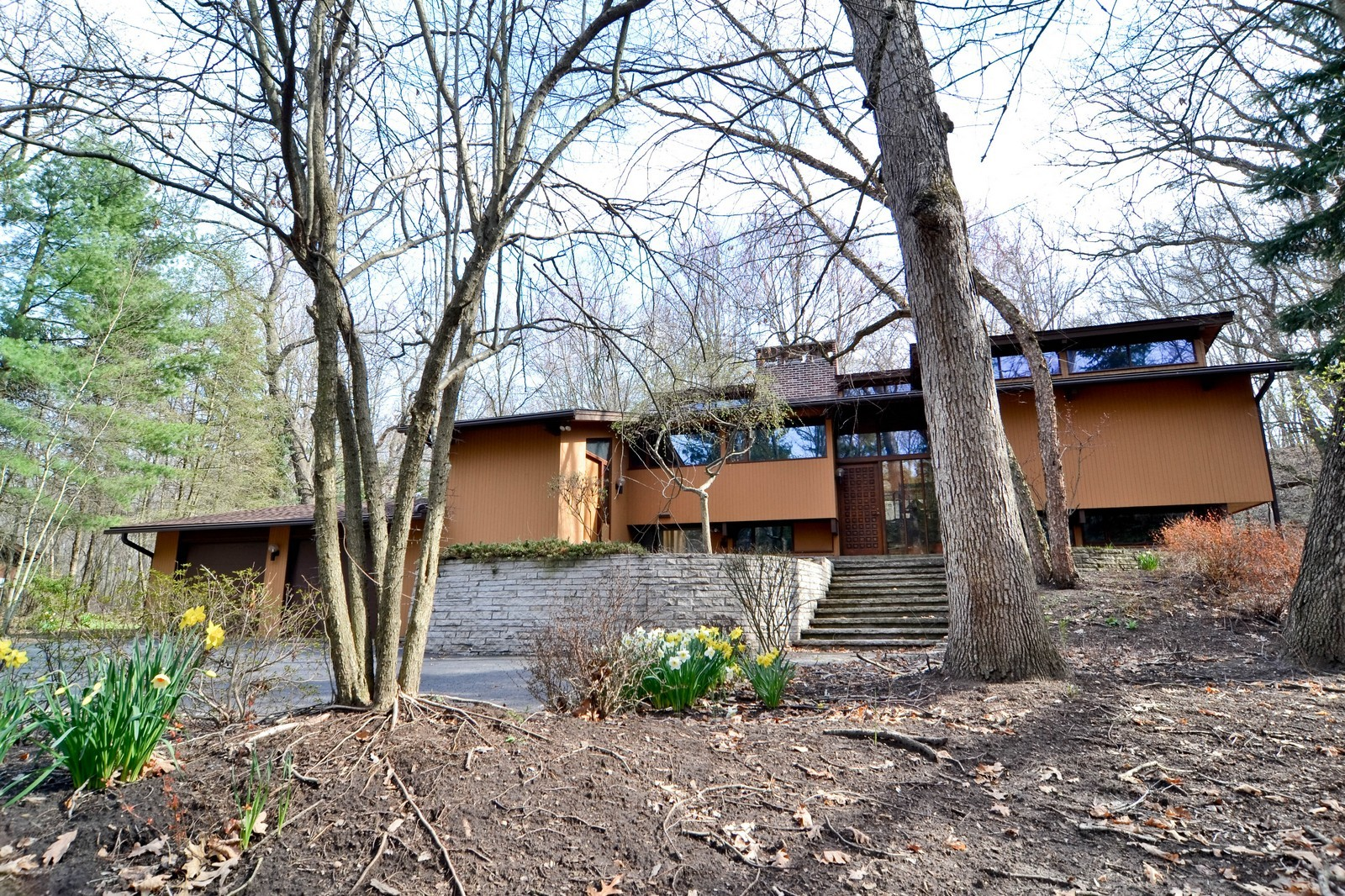 Real Estate Photography - 6 Pine Ln, Dune Acres, IN, 46304 - Dunes Home Tucked Into The Landscape