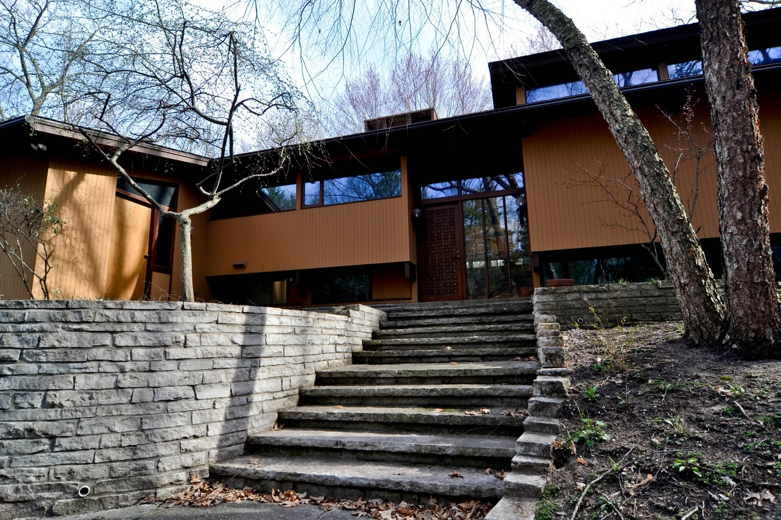Real Estate Photography - 6 Pine Ln, Dune Acres, IN, 46304 - Post and Beam Deck Home