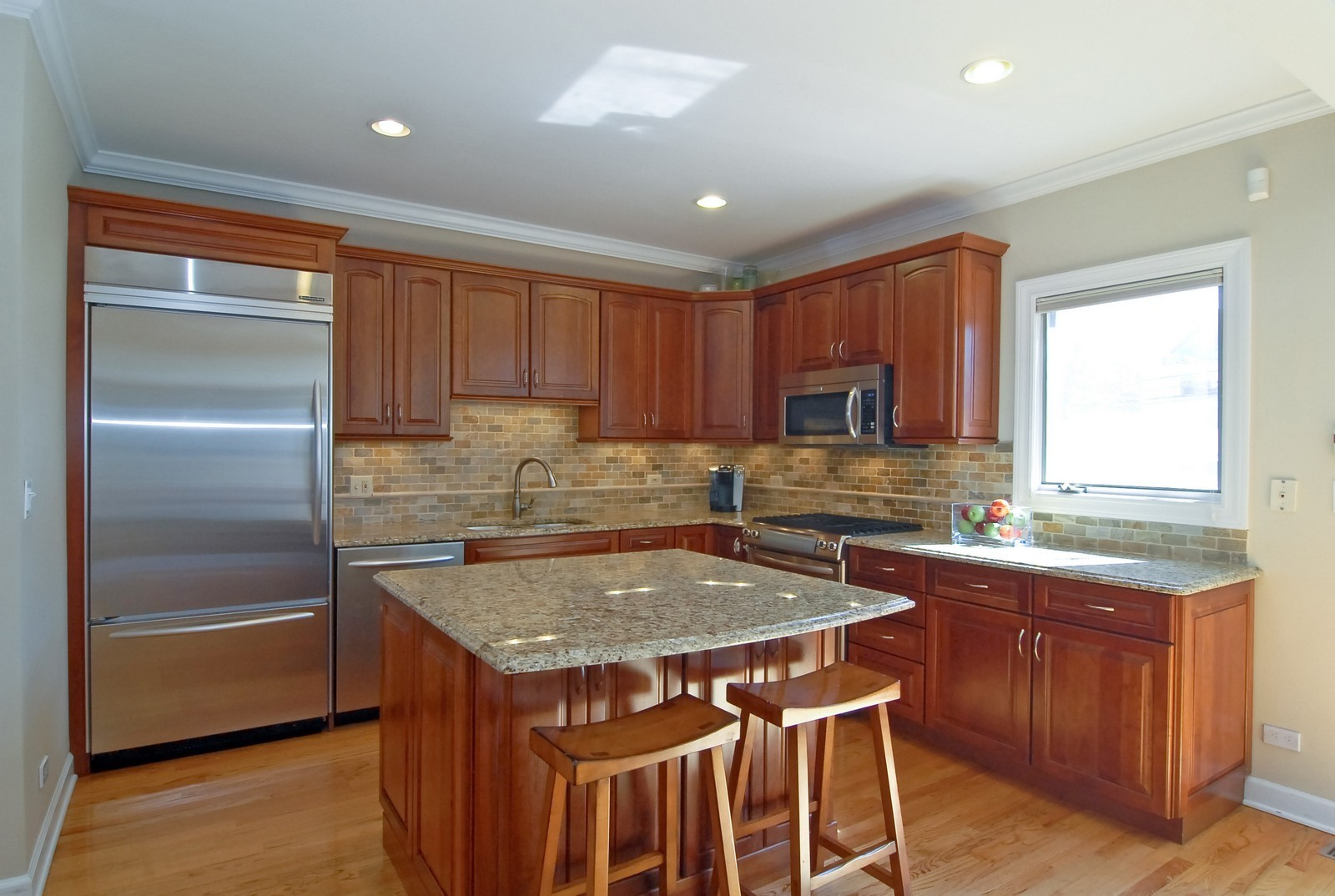 Real Estate Photography - 1519 W Oakdale, Chicago, IL, 60657 - Kitchen