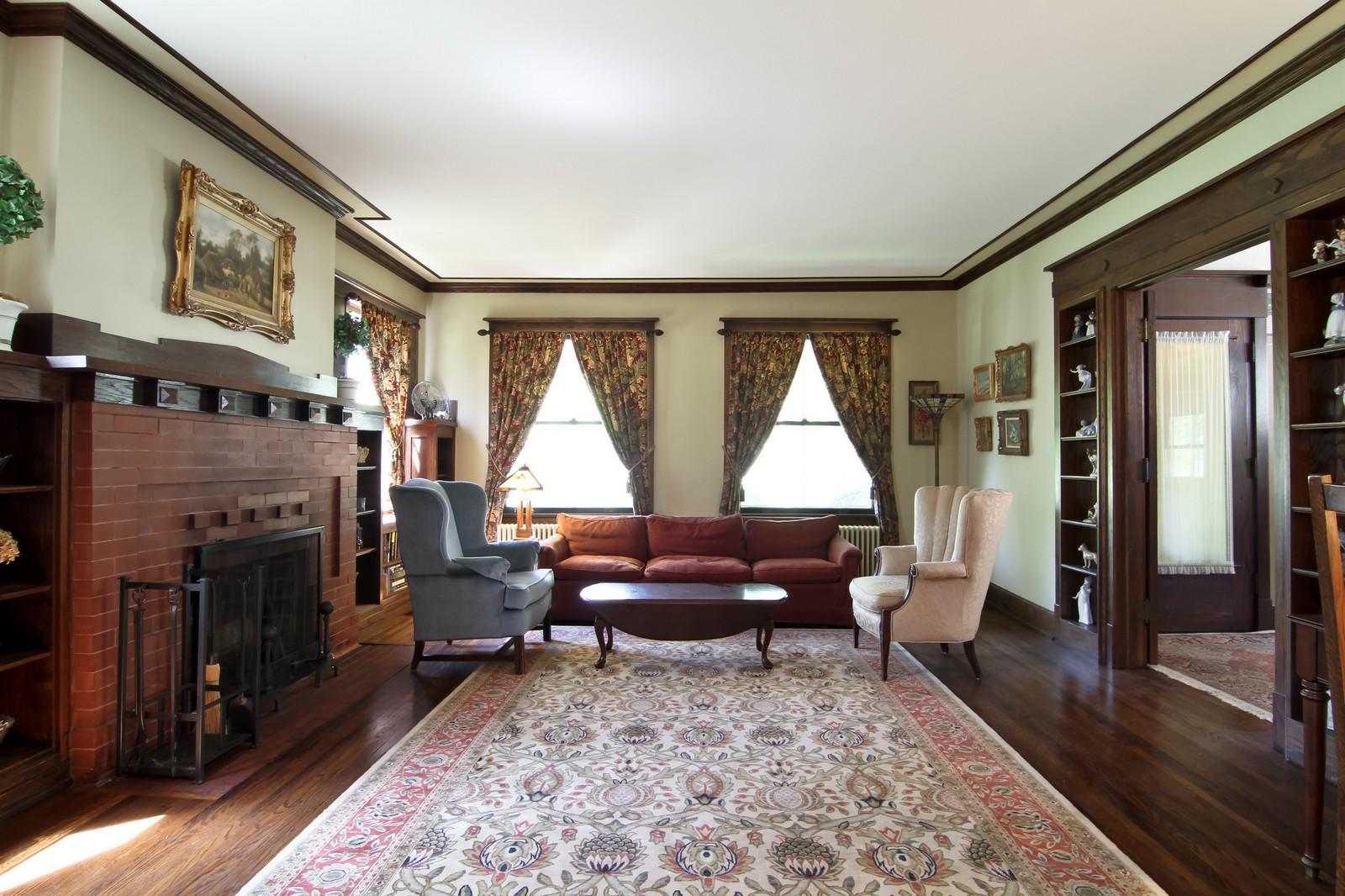 Real Estate Photography - 239 6th Avenue, La Grange, IL, 60525 - Living Room