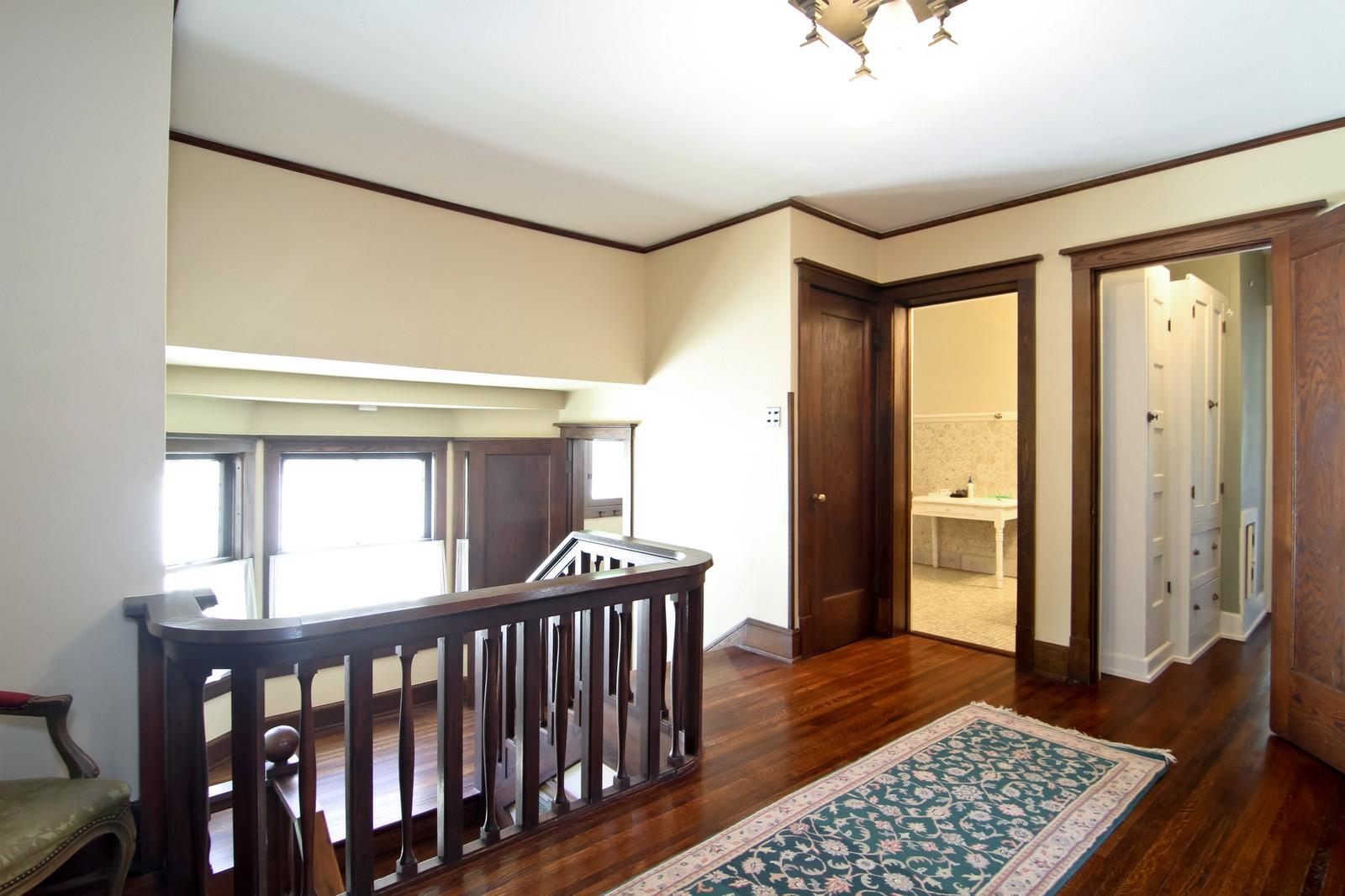 Real Estate Photography - 239 6th Avenue, La Grange, IL, 60525 - 2nd Floor Corridor