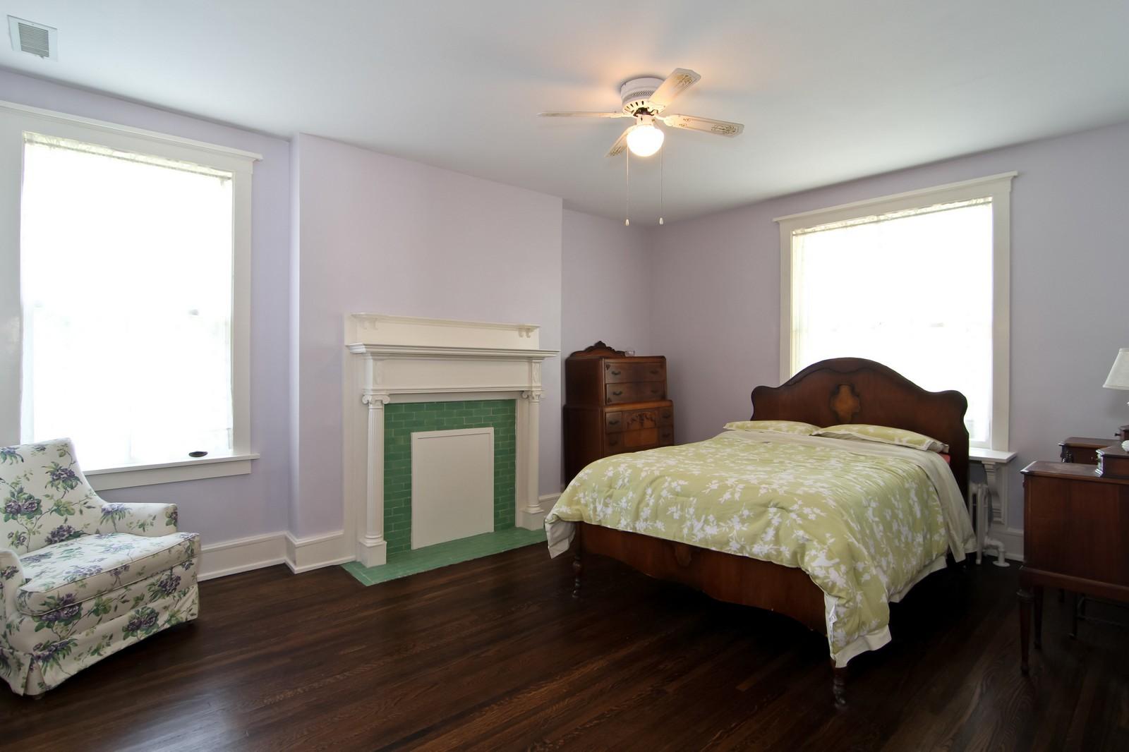 Real Estate Photography - 239 6th Avenue, La Grange, IL, 60525 - Master Bedroom