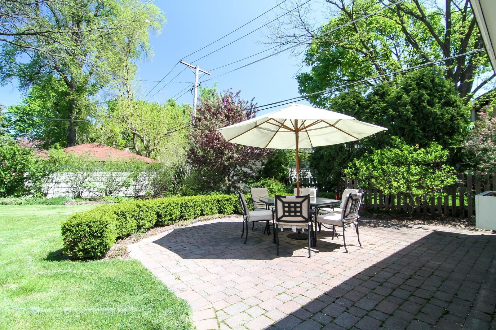 Real Estate Photography - 239 6th Avenue, La Grange, IL, 60525 - Patio