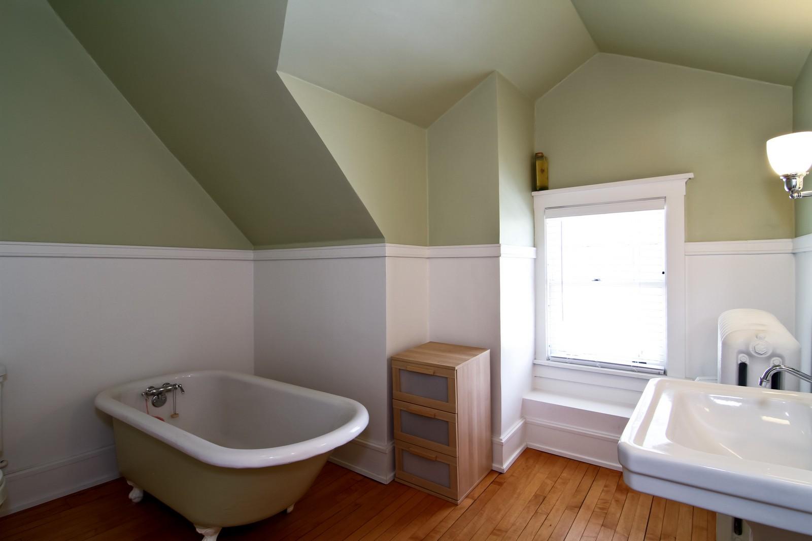 Real Estate Photography - 239 6th Avenue, La Grange, IL, 60525 - 2nd Bathroom