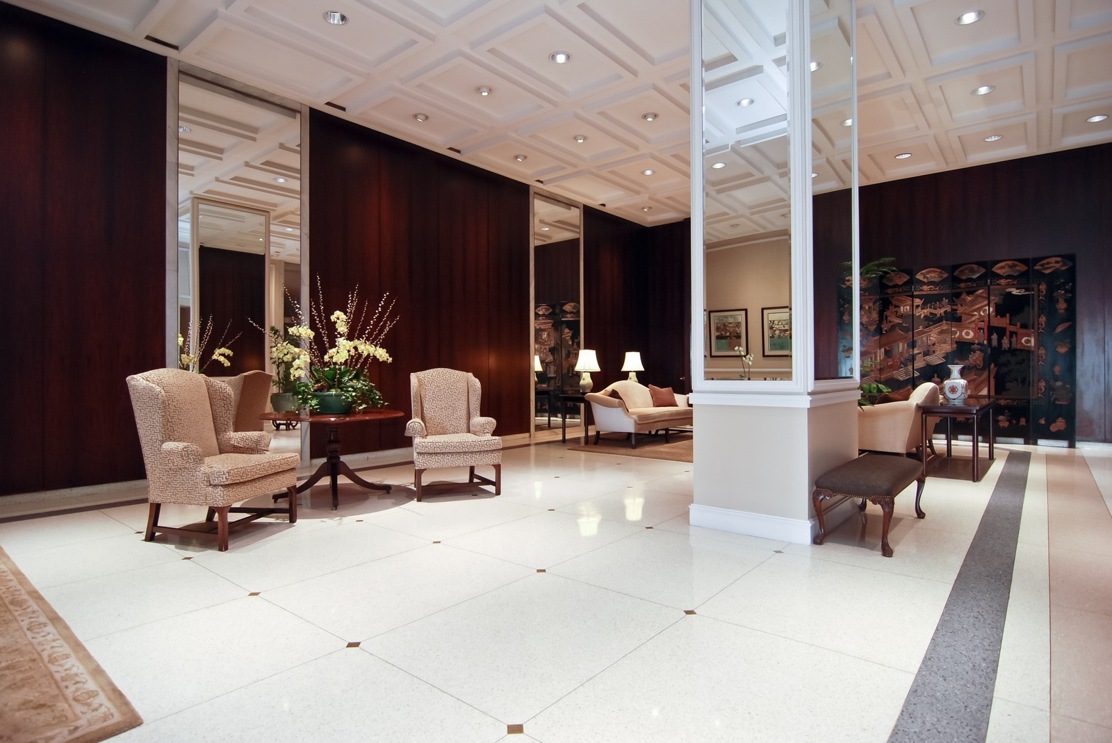 Real Estate Photography - 777 N Michigan Ave, Unit 3107, Chicago, IL, 60611 - Lobby