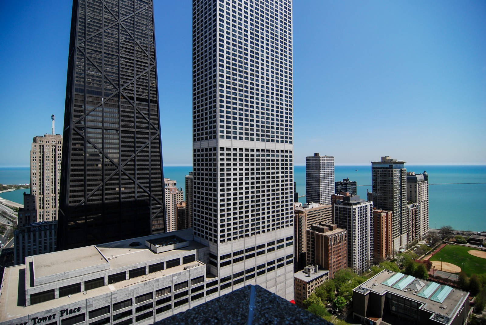 Real Estate Photography - 777 N Michigan Ave, Unit 3107, Chicago, IL, 60611 - City View from pool deck