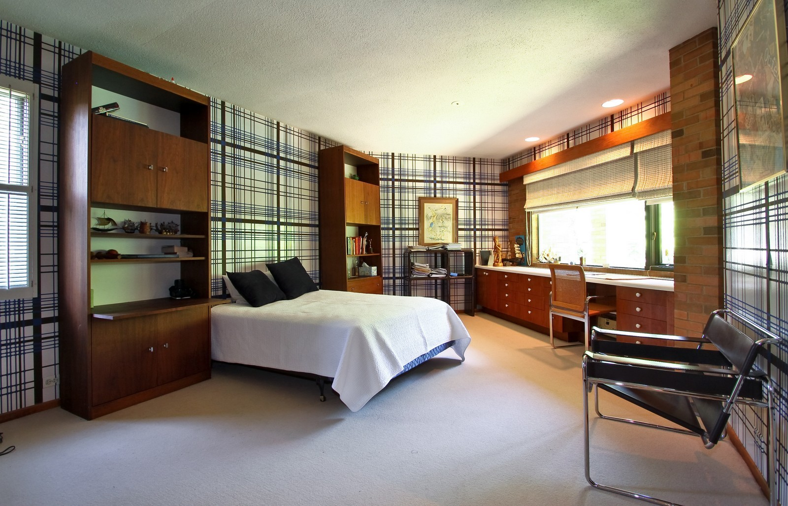 Real Estate Photography - 350 Sunrise Circle, Glencoe, IL, 60022 - 2nd Bedroom