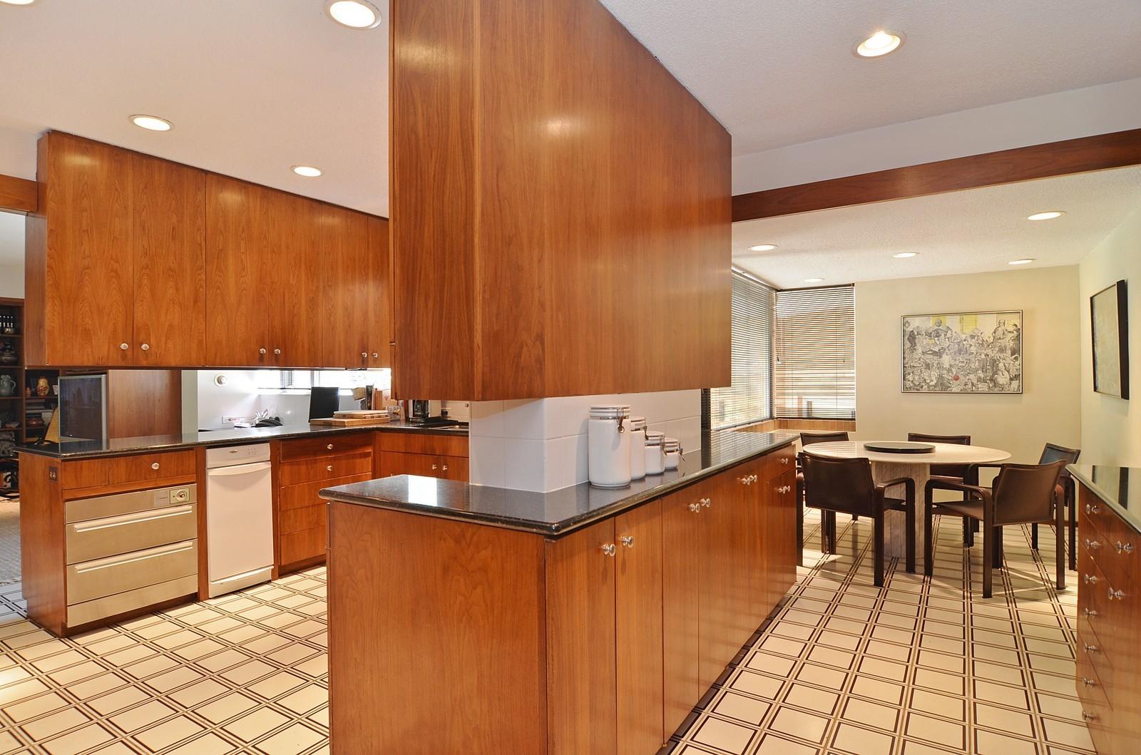 Real Estate Photography - 350 Sunrise Circle, Glencoe, IL, 60022 - Kitchen + Eating Area