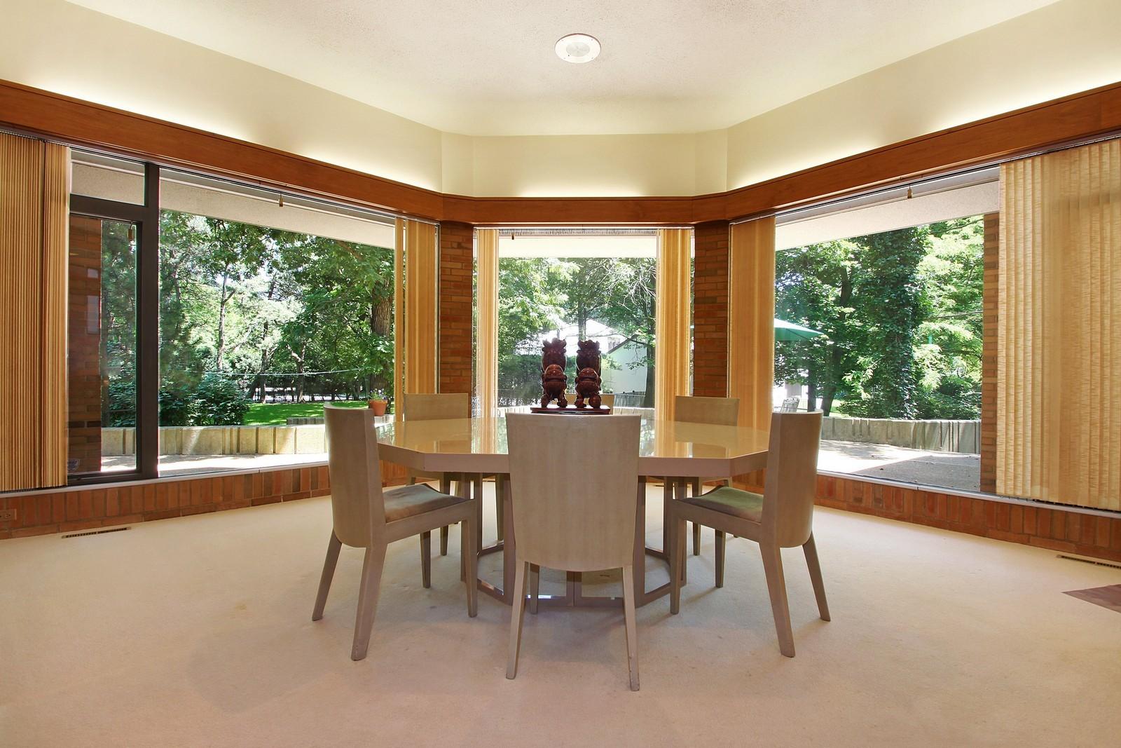 Real Estate Photography - 350 Sunrise Circle, Glencoe, IL, 60022 - Dining Room