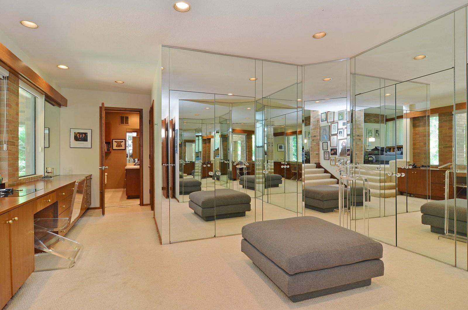 Real Estate Photography - 350 Sunrise Circle, Glencoe, IL, 60022 - Dressing Area
