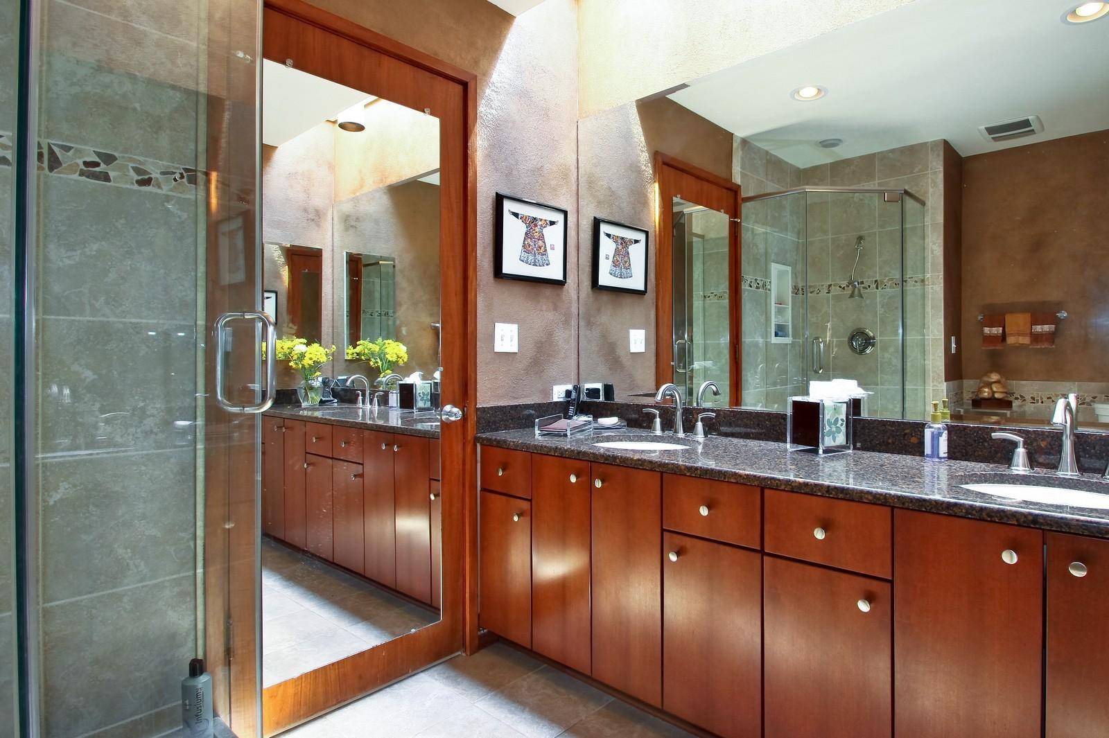 Real Estate Photography - 350 Sunrise Circle, Glencoe, IL, 60022 - Upgraded Bath