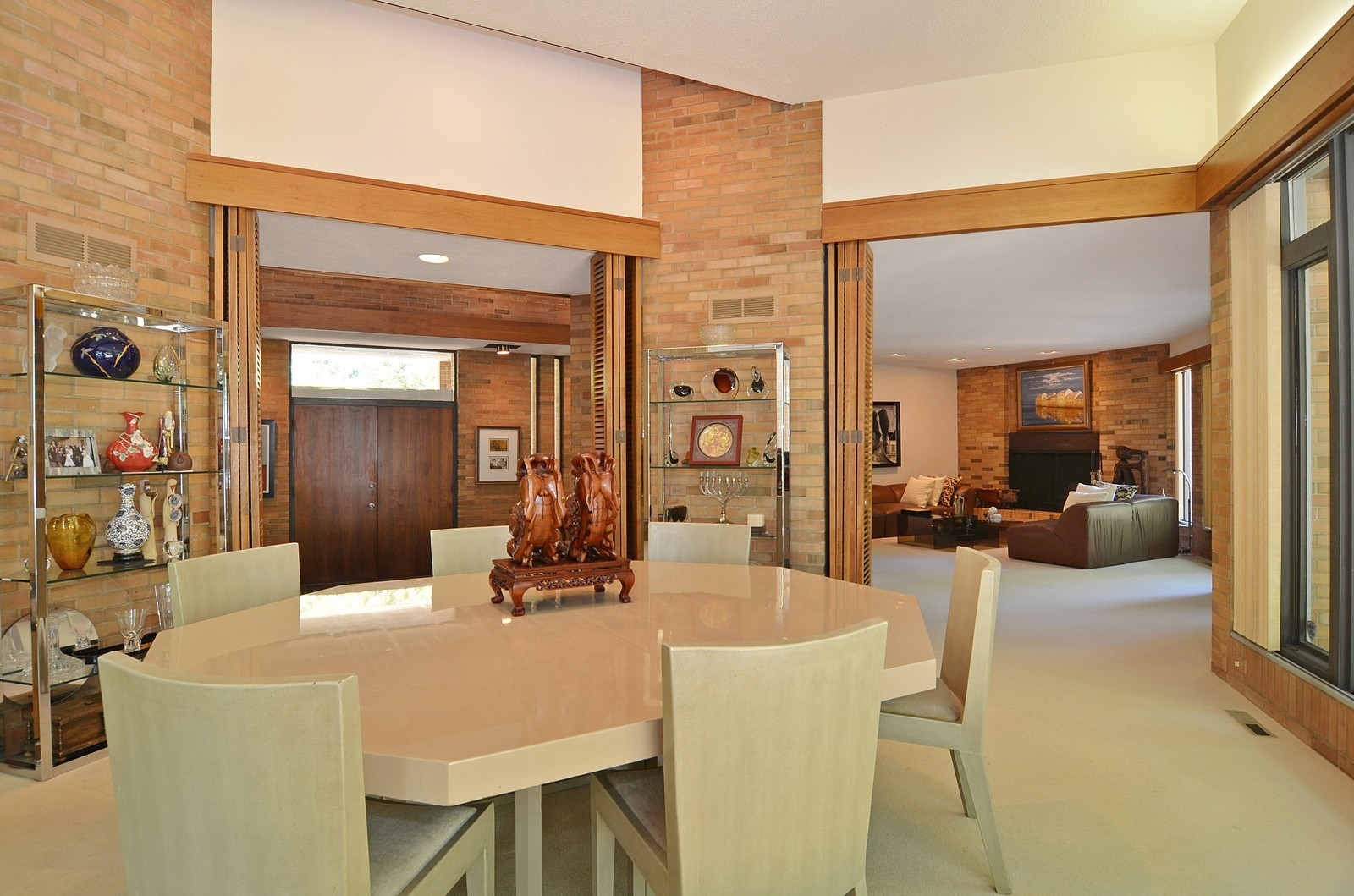 Real Estate Photography - 350 Sunrise Circle, Glencoe, IL, 60022 - Living Room / Dining Room