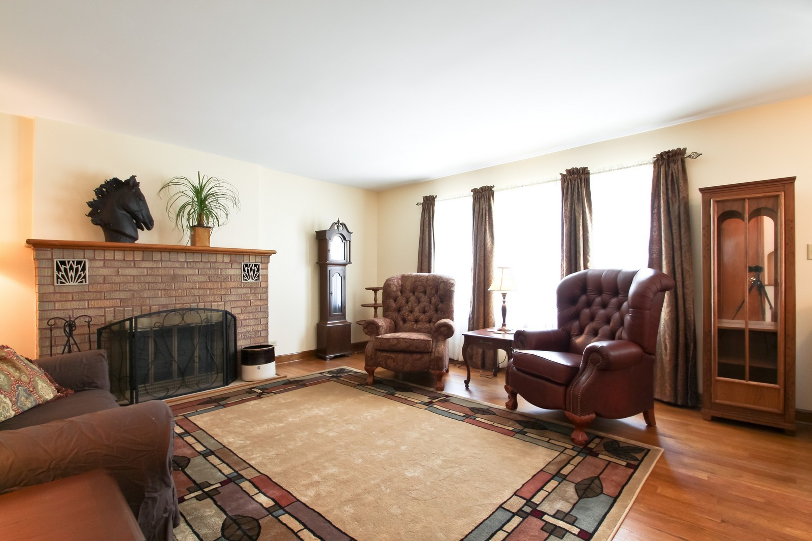 Real Estate Photography - 1132 Michigan City Rd,, Calumet City, IL, 60409 - Living Room