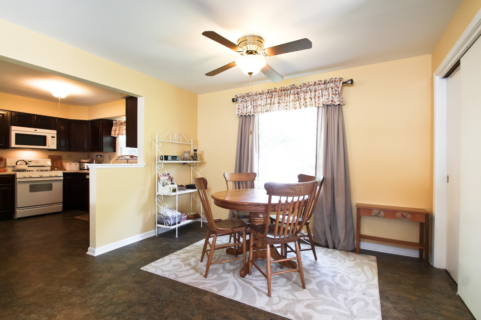 Real Estate Photography - 1132 Michigan City Rd,, Calumet City, IL, 60409 - Dining Area
