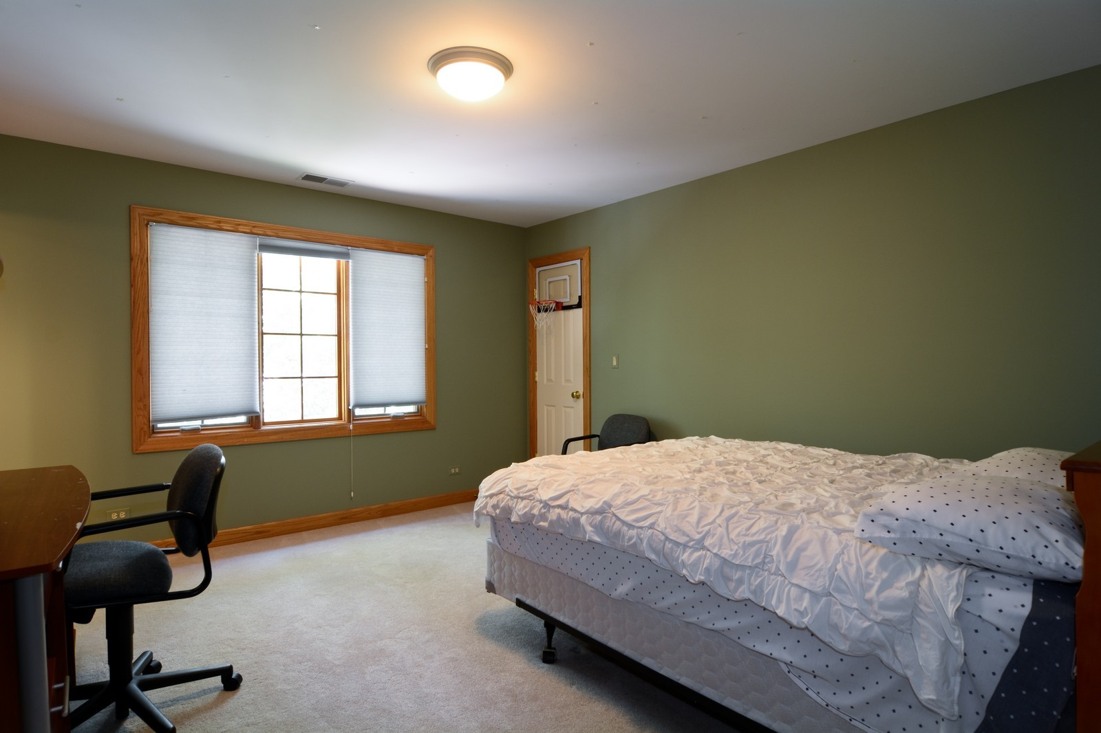 Real Estate Photography - 100 Covington, Oak Brook, IL, 60523 - Kids Bedroom