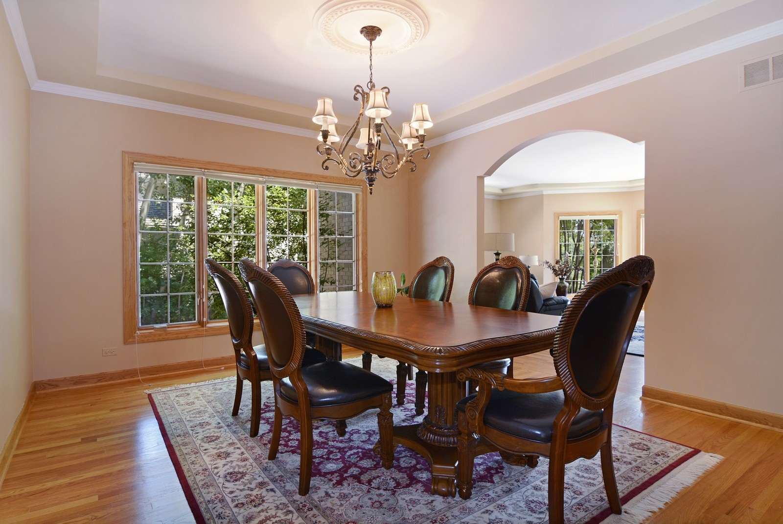 Real Estate Photography - 100 Covington, Oak Brook, IL, 60523 - Dining Room