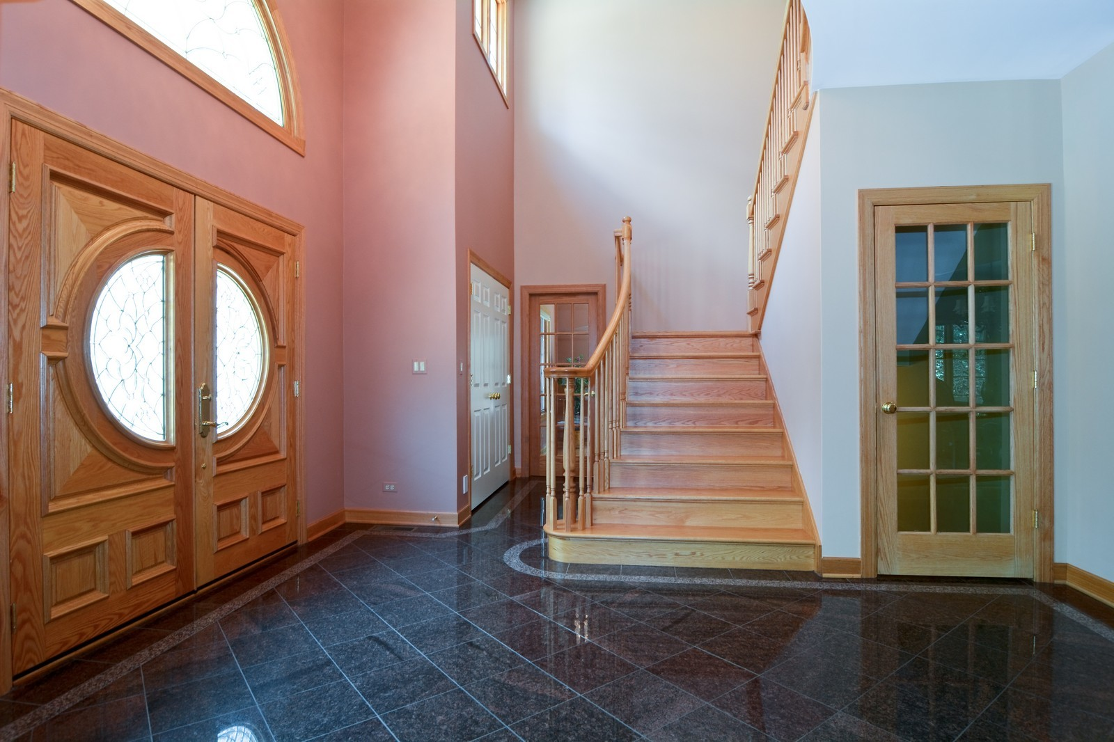 Real Estate Photography - 100 Covington, Oak Brook, IL, 60523 - Foyer
