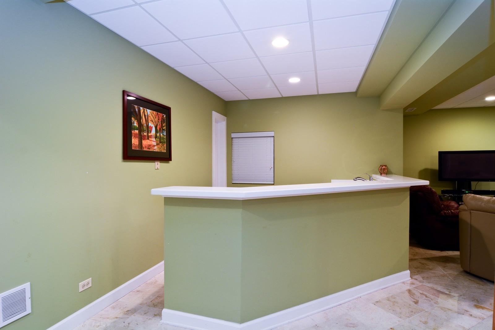 Real Estate Photography - 100 Covington, Oak Brook, IL, 60523 - Bar