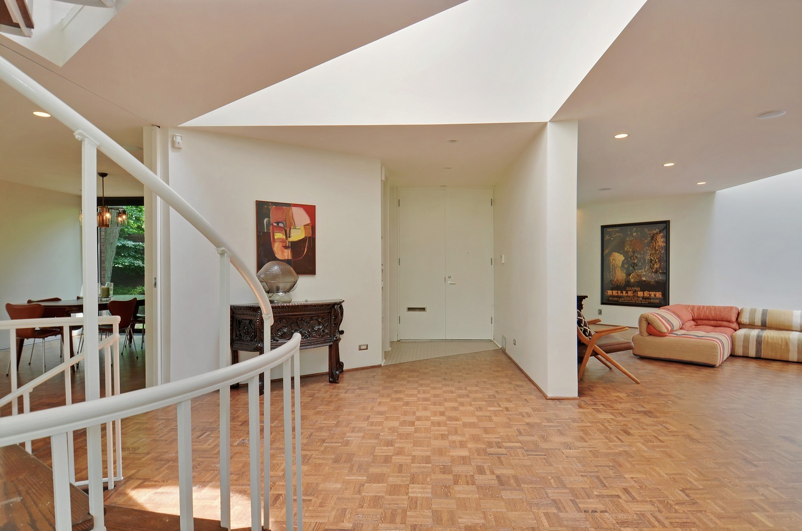Real Estate Photography - 425 Woodside Ave, Hinsdale, IL, 60521 - Foyer