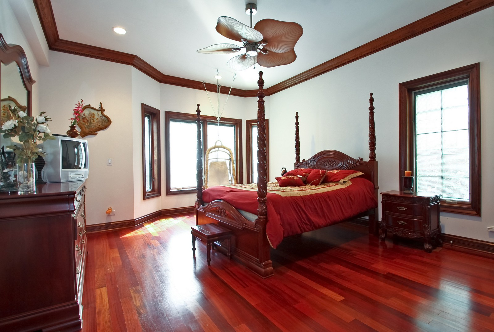 Real Estate Photography - 1641 Pickwick Lane, Glenview, IL, 60026 - 5th Bedroom