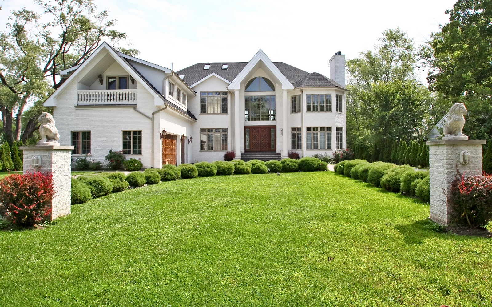 Real Estate Photography - 1641 Pickwick Lane, Glenview, IL, 60026 - Front View