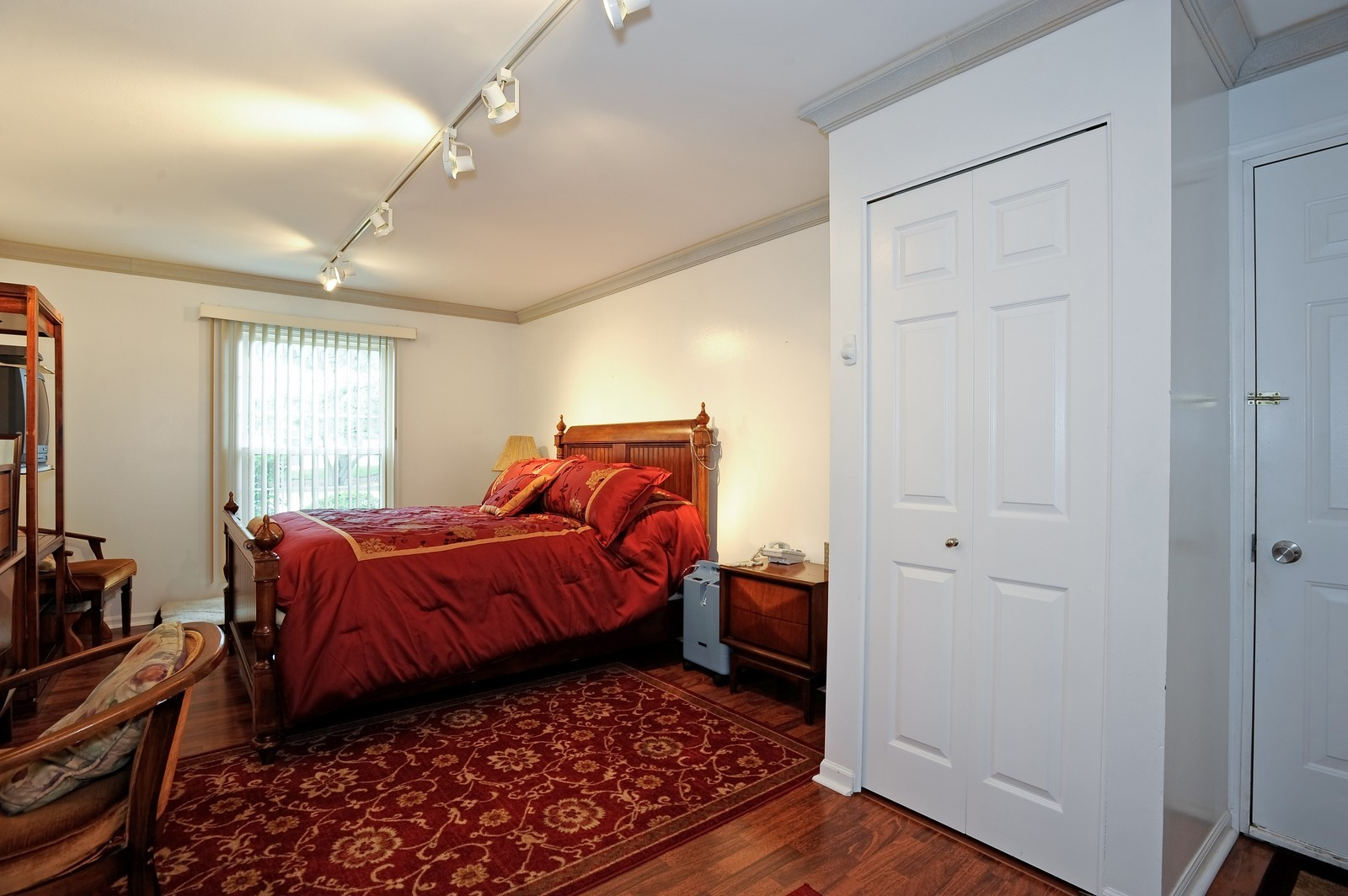 Real Estate Photography - 1138 Spring Garden, Naperville, IL, 60563 - Master Bedroom