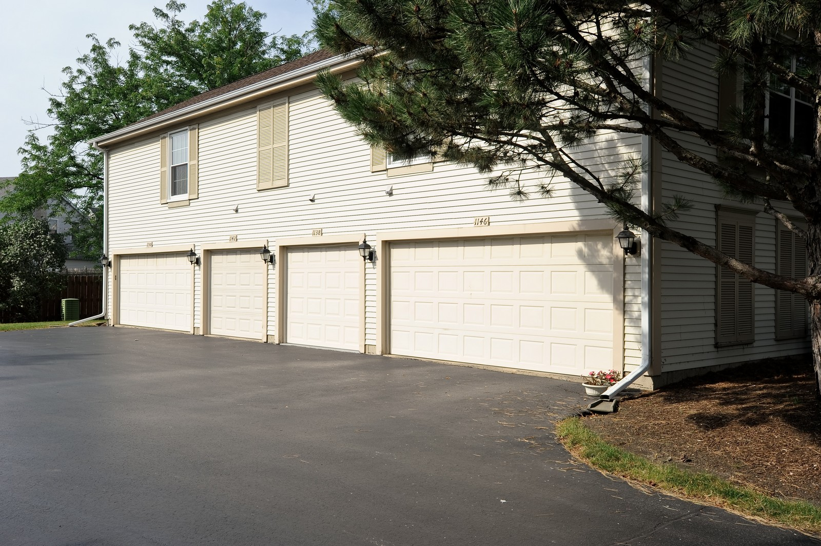 Real Estate Photography - 1138 Spring Garden, Naperville, IL, 60563 - Garage