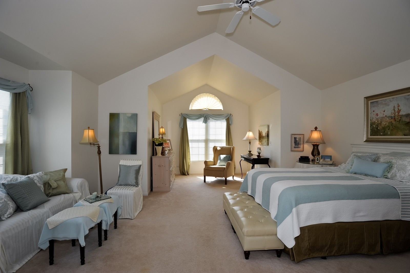 Real Estate Photography - 501 Citadel Circle, Westmont, IL, 60559 - Master Bedroom
