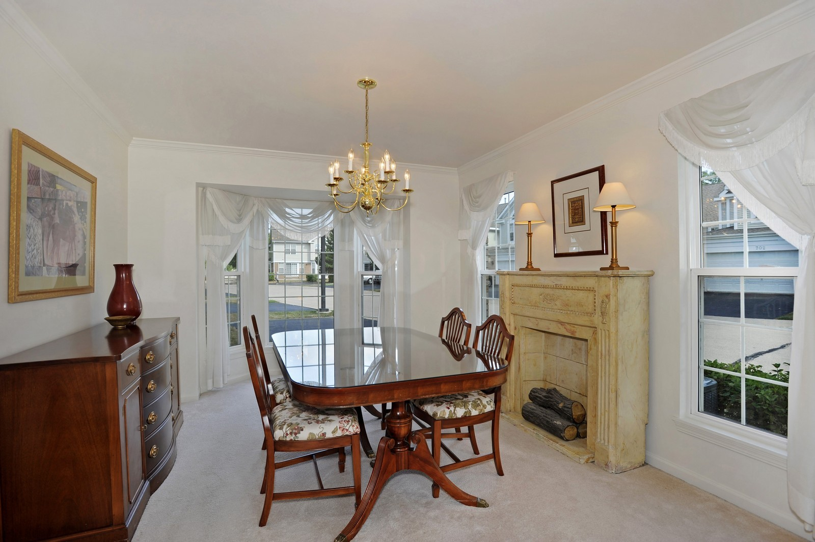 Real Estate Photography - 501 Citadel Circle, Westmont, IL, 60559 - Dining Room