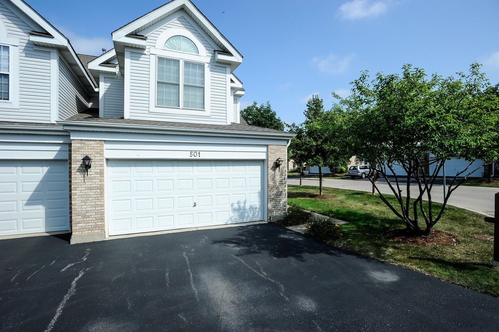 Real Estate Photography - 501 Citadel Circle, Westmont, IL, 60559 - Garage